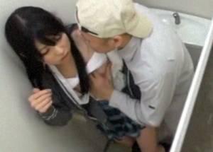 【あおいれな】 学校にきた作業員に便所でレ●プされる女子校生!バレたくなくて助けも呼べない・・!!!【動画2本】