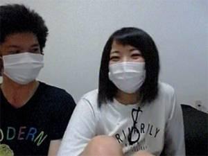 【ライブチャット】 先輩と後輩での絡み!初めての配信・相手なのか超照れまくりの少女!!!