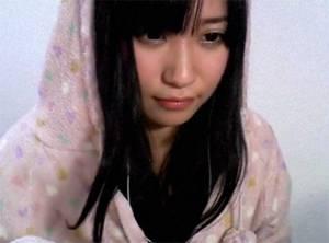 【配信動画】 ニコニコ生放送でカメラ切り忘れたのに気づかない女子がそのまま・・・
