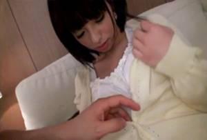 【素人】 これは可愛い!! おとなし目な清楚系スレンダー女子大生との生々しいハメ撮り!