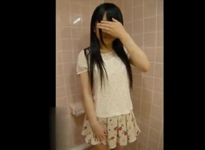 【?個人撮影・素人】 怪しい動画が出回る! アイドル系のJ○な美少女の円光がリアルすぎる・・